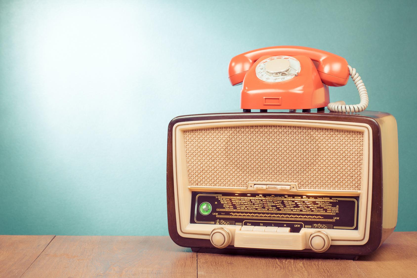 musique attente telephonique logos