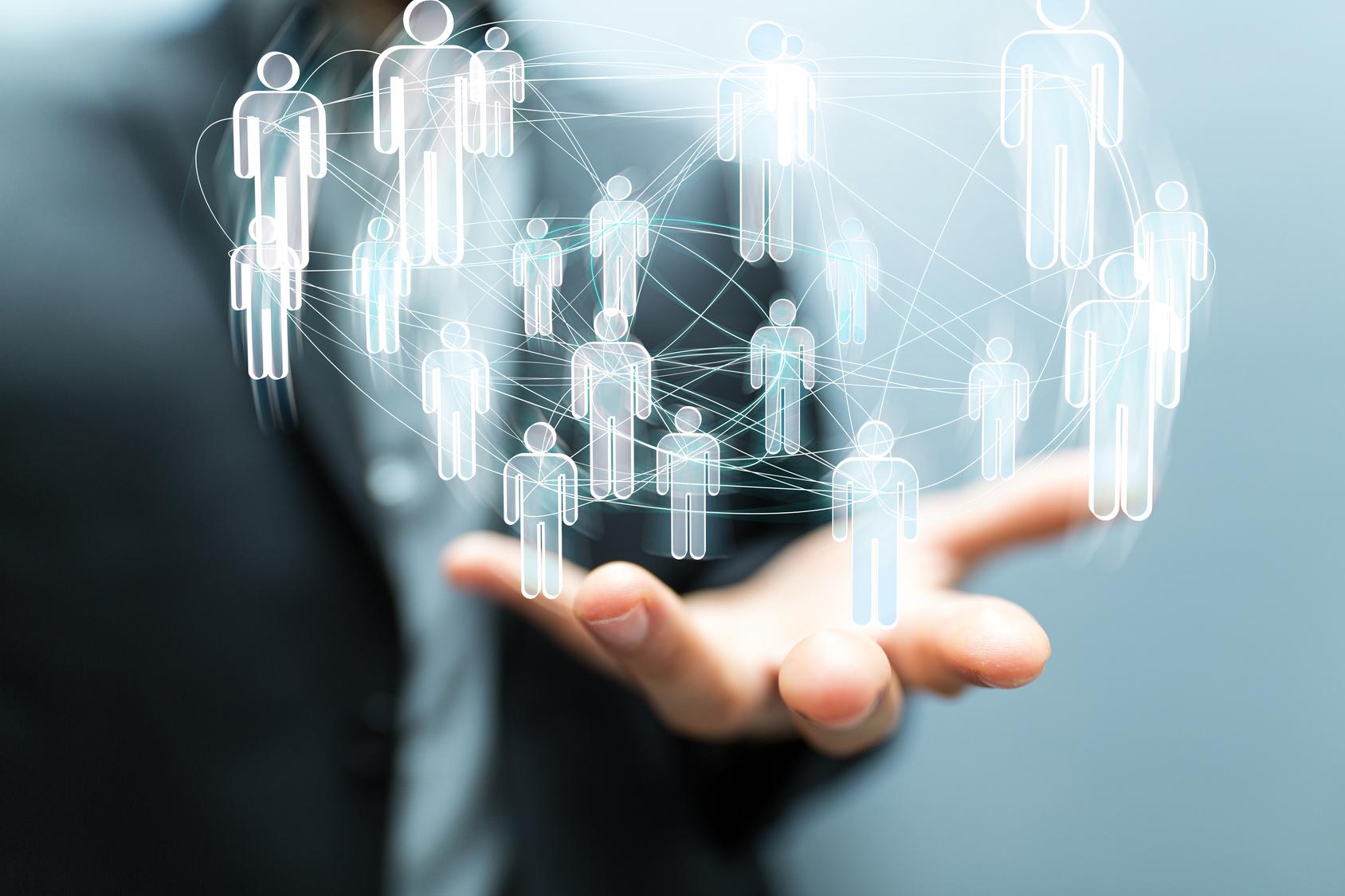 outils digitaux connaissance client logos